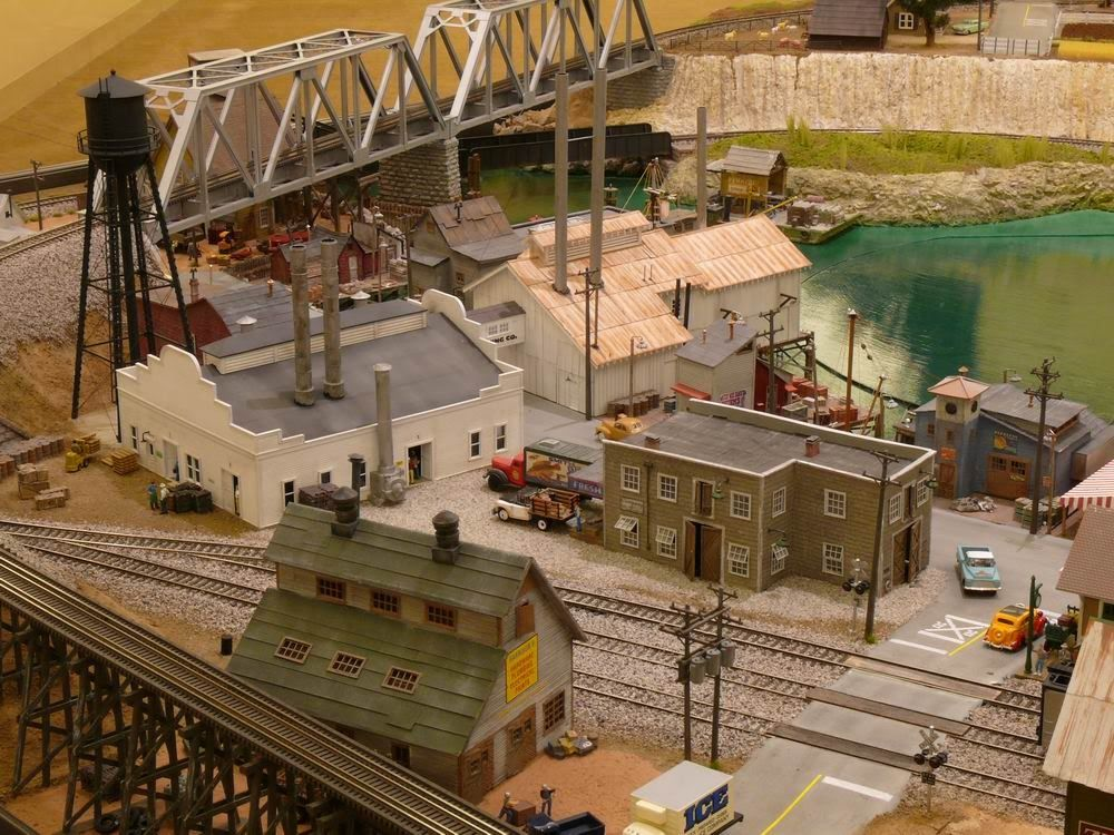 model railroad industries images | Build Model Railroad On A Door by