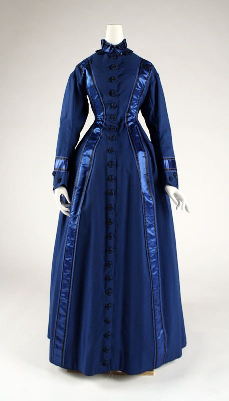 1880's dressing gown