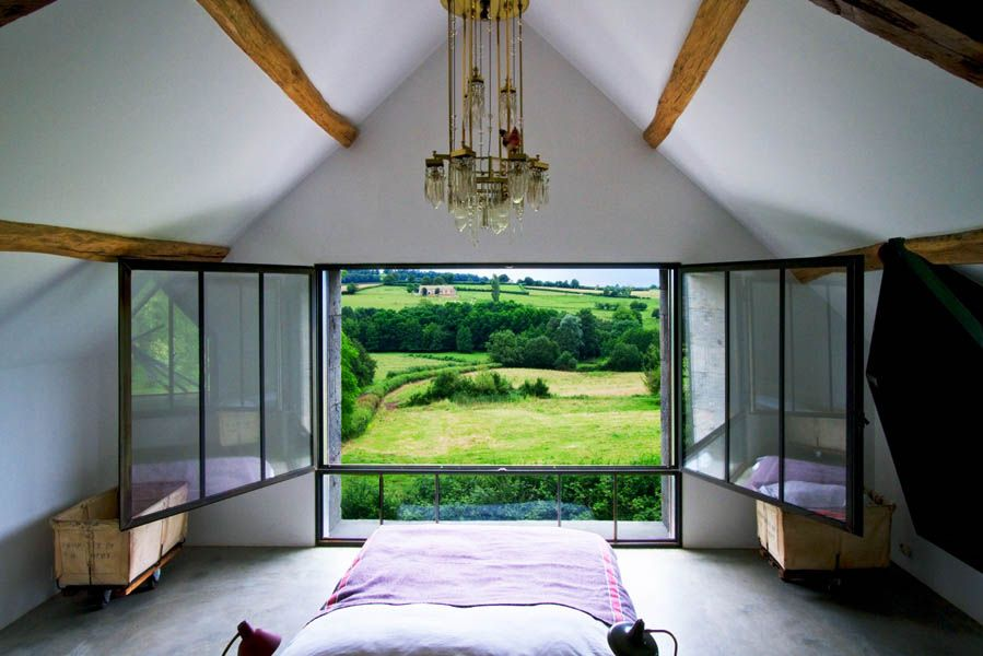 Ein altes Bauernhaus in Burgund II   Dachgeschoss Fenster ...