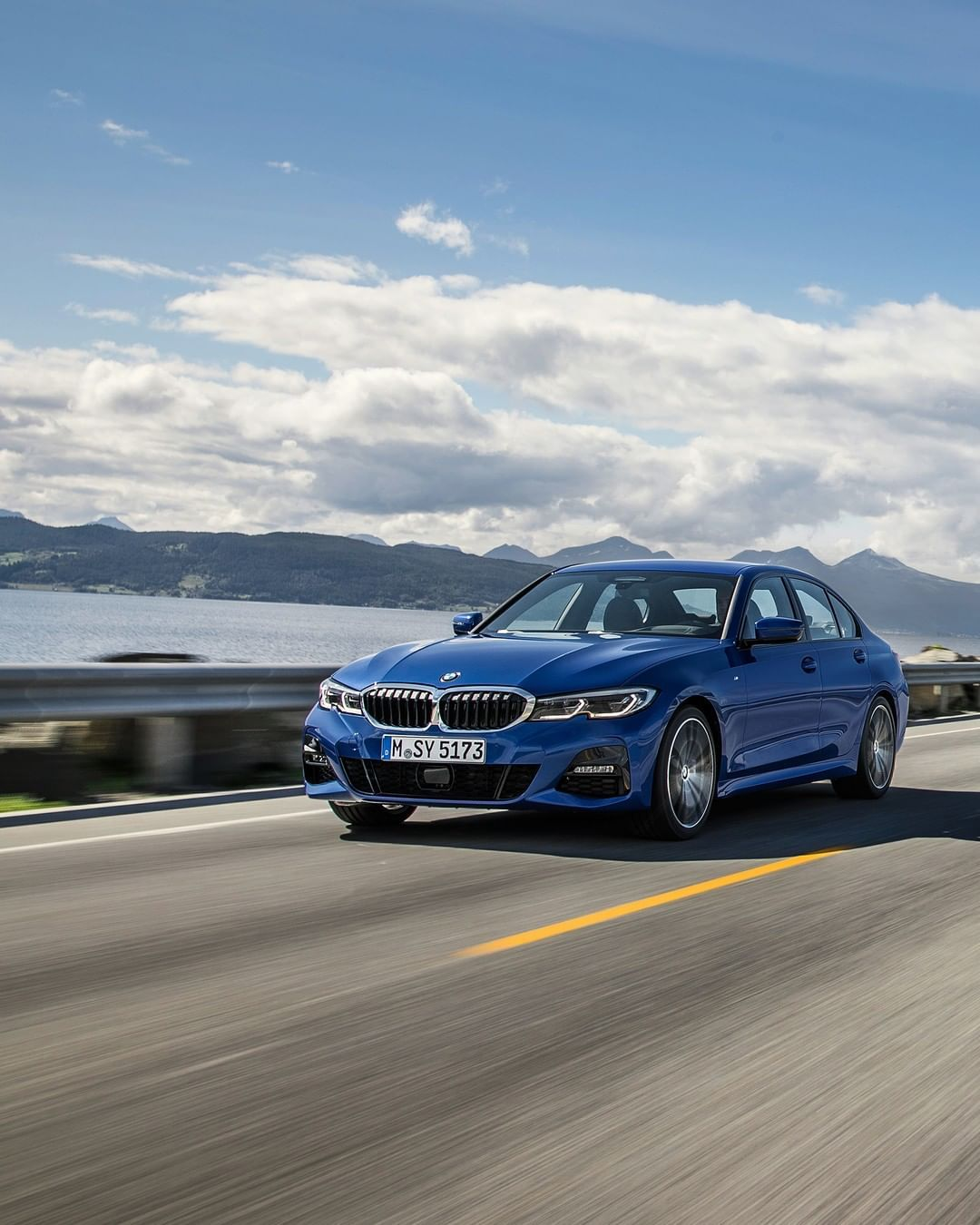 Bmw G20 3 Series Roller In Portimao Blue Metallic With Images