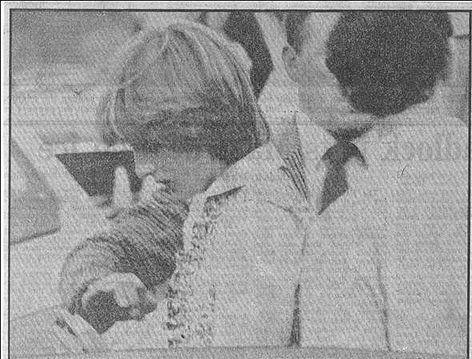 Lady Diana Spencer , Polo , Berkshire - 25 Juillet 1981 _ Suite