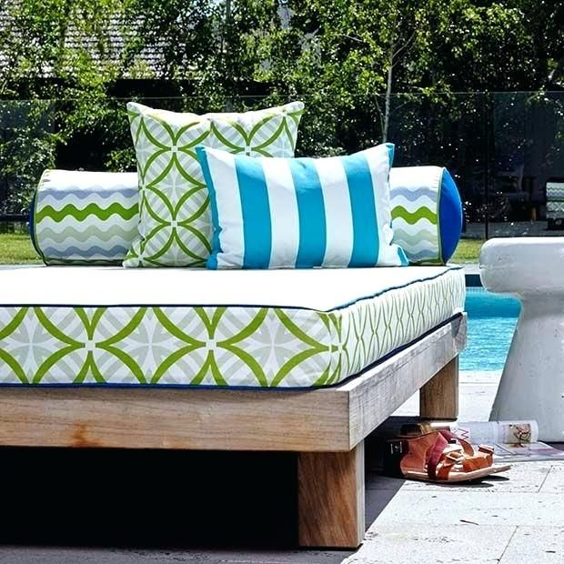 Fabric For Outdoor Cushions Best Fabrics Available At Great Outdoor