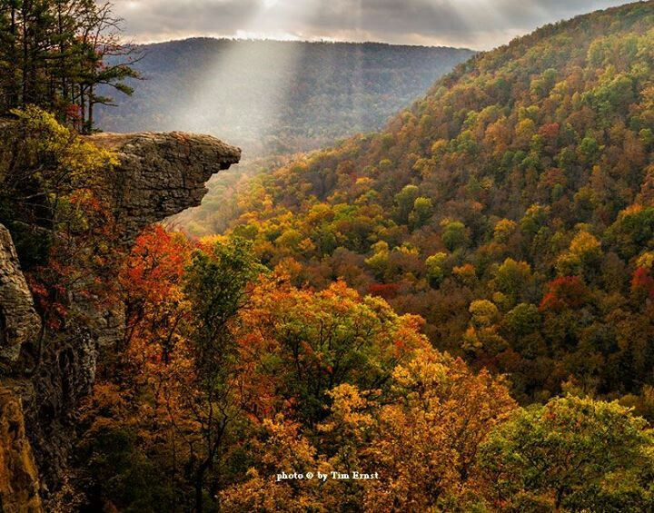 Hawksbill Crag photo by Tim Ernst. Favorite Places