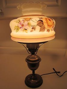 Antiguo Electrificado aceite de latón Escritorio Lámpara De Mesa Floral
