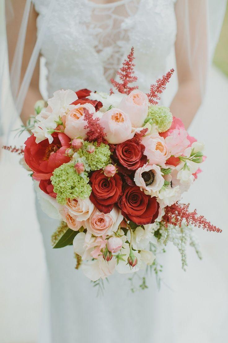 Modern outdoor kings park spring wedding bouquet photography mint