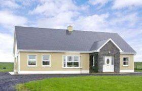 Irish Bungalow With Courtyard Google Search Irish Houses Bungalow House Design