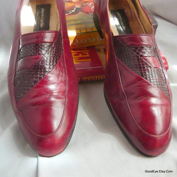 955a50488d7 Vintage Men s Pierre CARDIN Shoes   size 9 .5 M Eu 43 UK 8 .5   Leather n Snakeskin  Loafers MAROON
