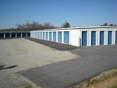 Auction Mini Storage Units Wednesday July 20 2016 At 10 00 Am 1501 N Raleigh St Angier Harnett County Nc Sale Site W R R Storage Unit Auctions Storage Auctions The Unit