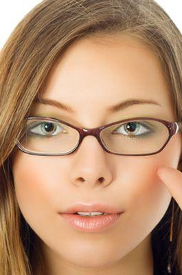 ff080a7f7cb26f Bien choisir ses lunettes - visage rond   Travail (Coaching ...