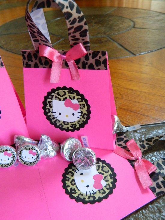 b77198c6929c Hello Kitty Party Bag Ideas