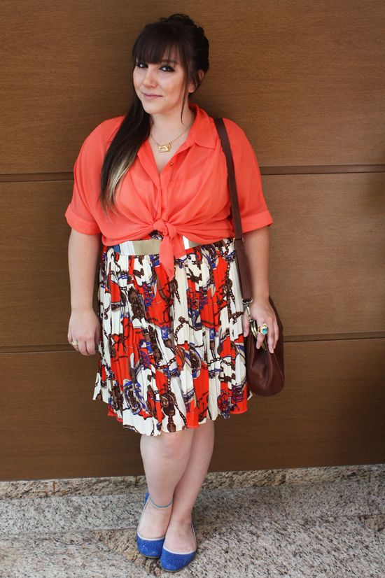 21783263614e7 fat girl. dress pretty.