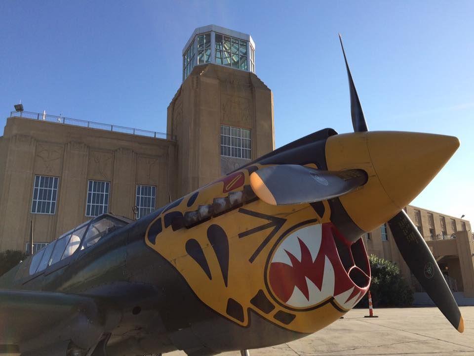 "P-40 Warhawk ""The Flying Tigers"""