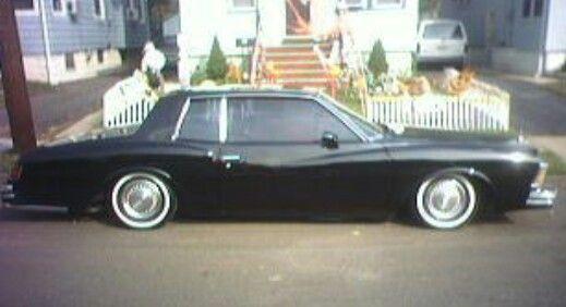 My 79 Monte Carlo Back When It Was On Stock Hubcaps And Whitewalls 79montecarlo 79monte Chevymontecarlo Gbody Slam Chevy Monte Carlo Monte Carlo Lowriders