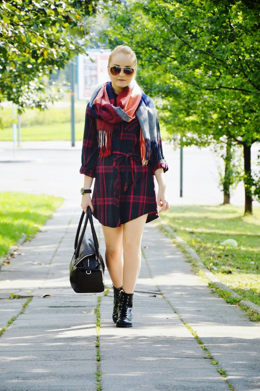 25 Reasons You Need an Oversized Plaid Scarf ThisFall