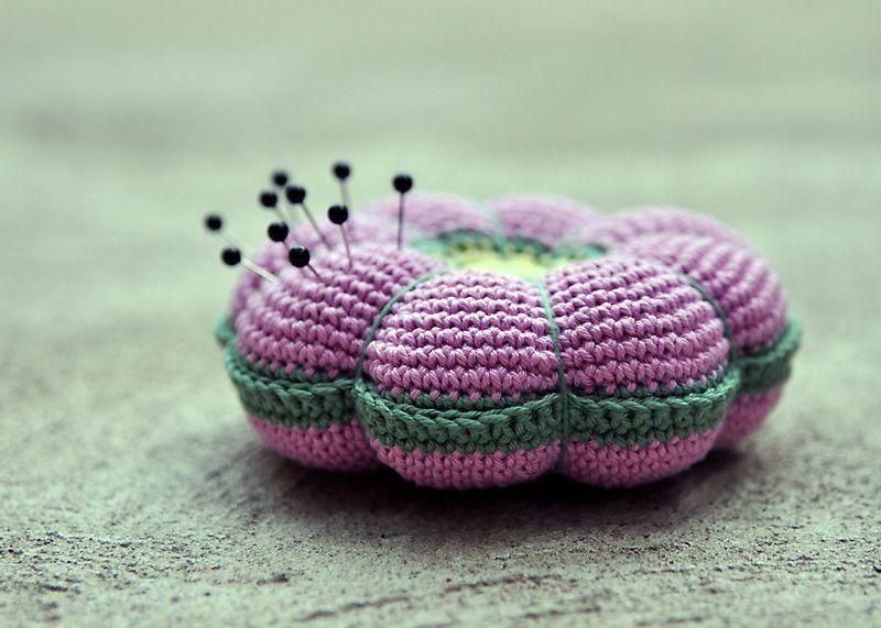 Crochet Pin Cushion ~ Pattern | Pin cushions, Free pattern and ...