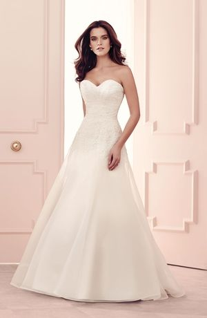 sweetheart a-line wedding dress with no waist/princess seams in