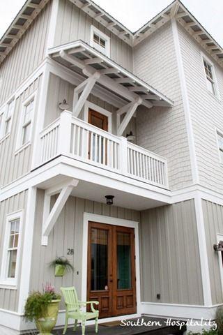 Seaside sister lynn 39 s beach house batten and woodwork - Beach house color schemes exterior ...
