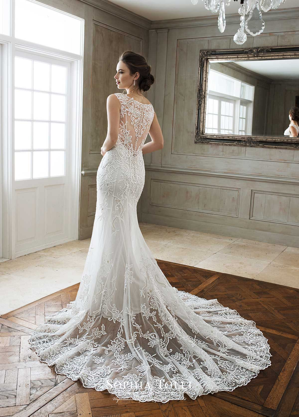 Sophia Tolli Y11896b Sophia Tolli Prices Range From Roughly 800 1500 Wedding Dresses Bridal Wedding Dresses Wedding Dresses Photos