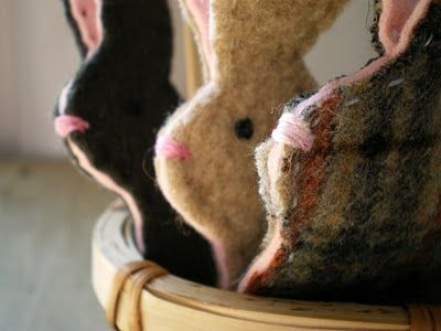Bunny finger puppets