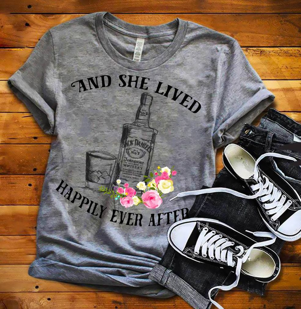 Jack Daniel And She Live Happily Ever After Shirt Tank Top Hoodie And Sweater Shirts Jack Daniels Shirt Mens Tops [ 1010 x 985 Pixel ]