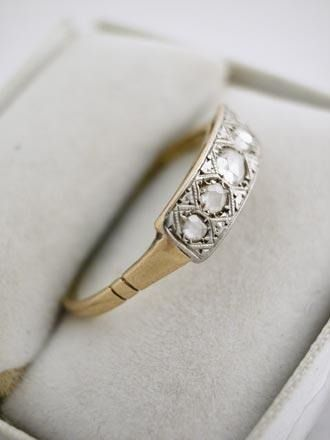 d4ccdaebacb7 Ch2678 Anillo Tipo Banderita De Oro 18k. Con Diamantes