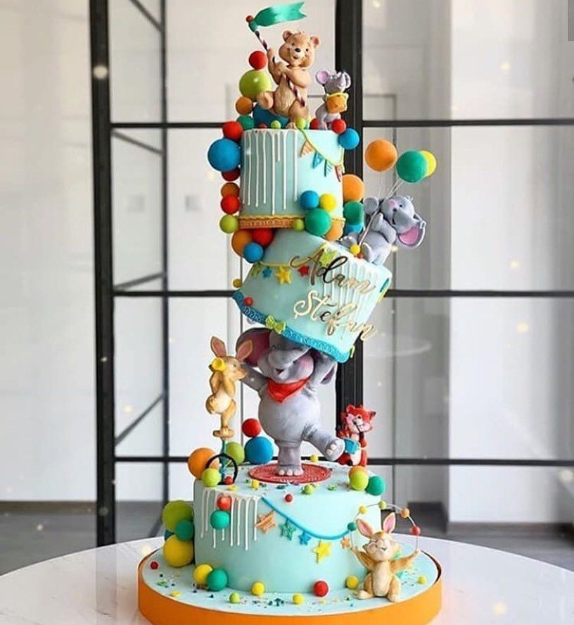 1 572 Curtidas 15 Comentarios Dita Petrova Bensoussan Dolceditacakes No Instagram Gravity Cake Cirque In 2020 Schwebekuchen Kuchen Baby Geburtstag Kreative Kuchen