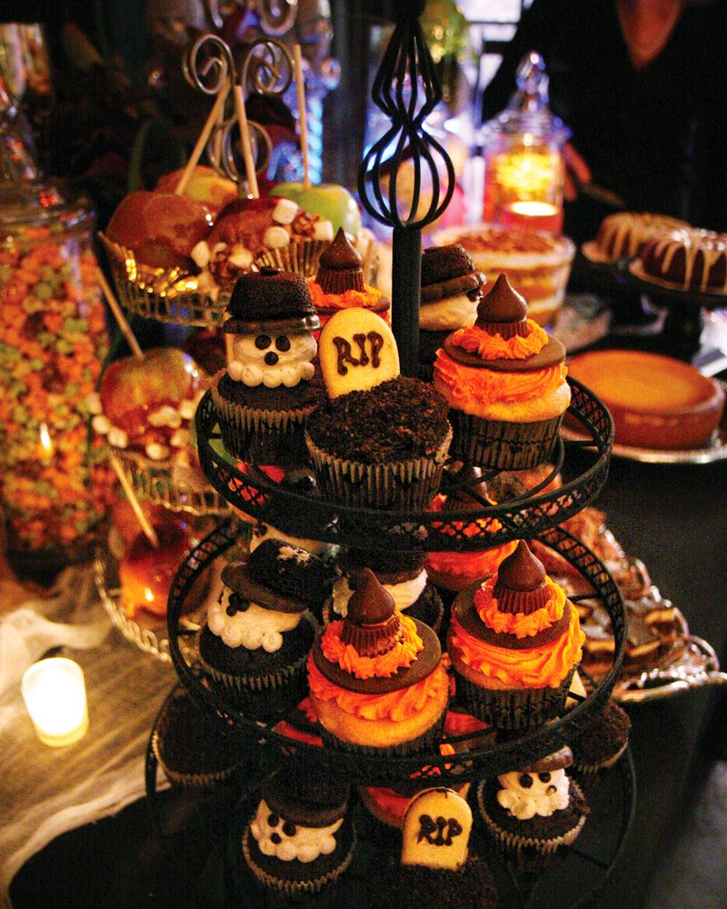 Our Halloween party cupcakes. These would be easy DIY, and a big hit on our dessert table!
