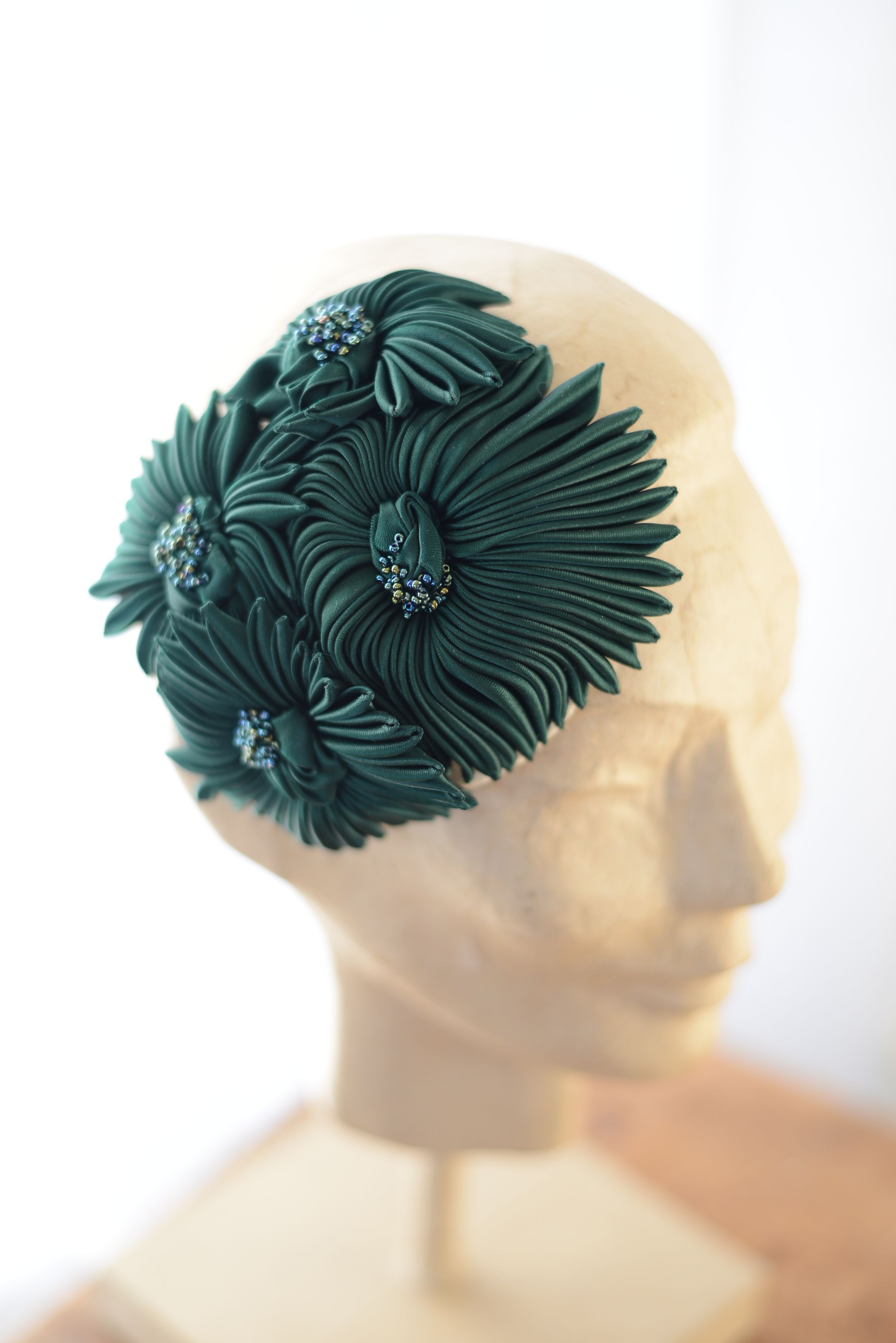 Couture headpiece from www.parantparant.se