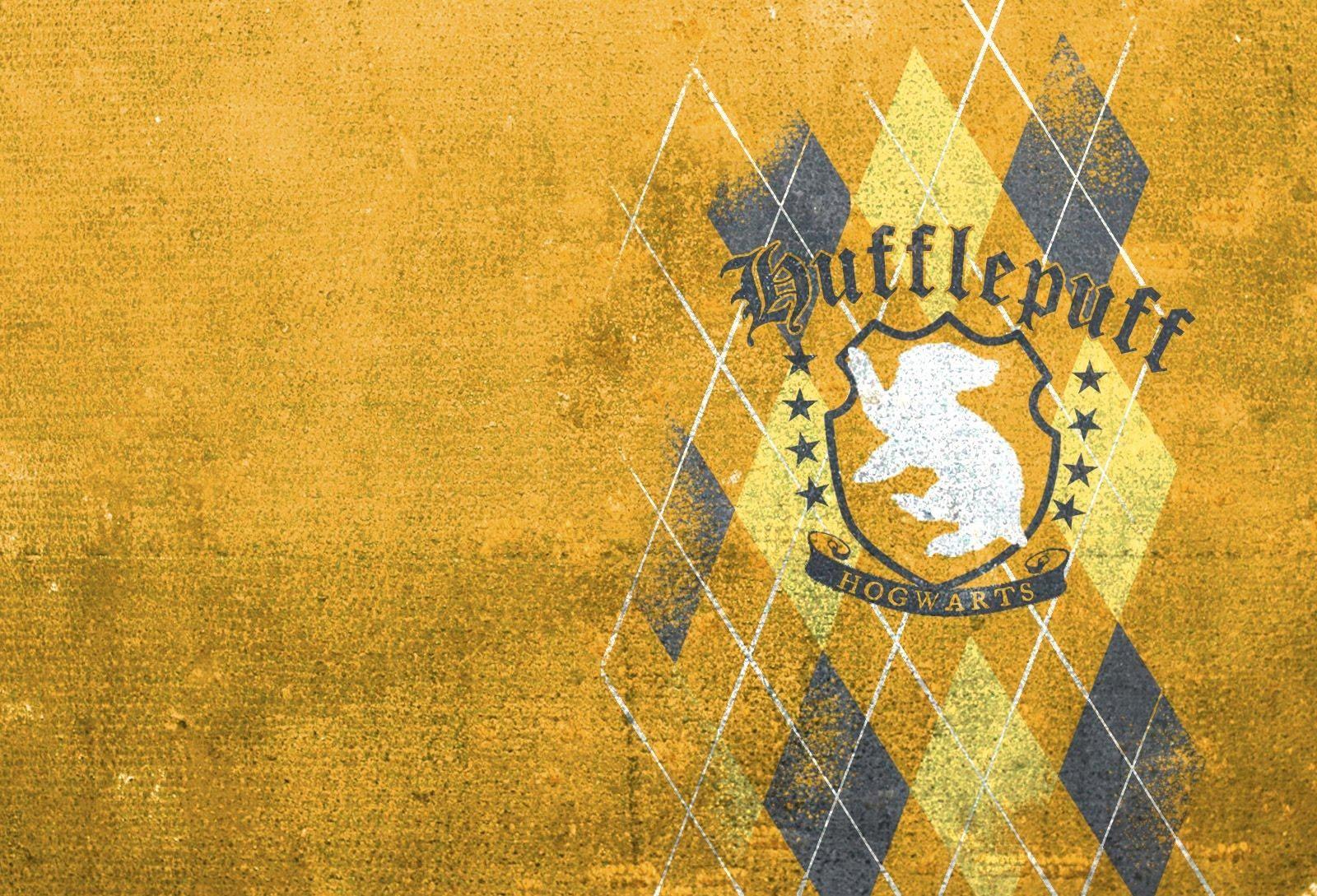 Hufflepuff Mac Wallpaper In 2020 Harry Potter Wallpaper Hufflepuff Wallpaper Harry Potter Aesthetic