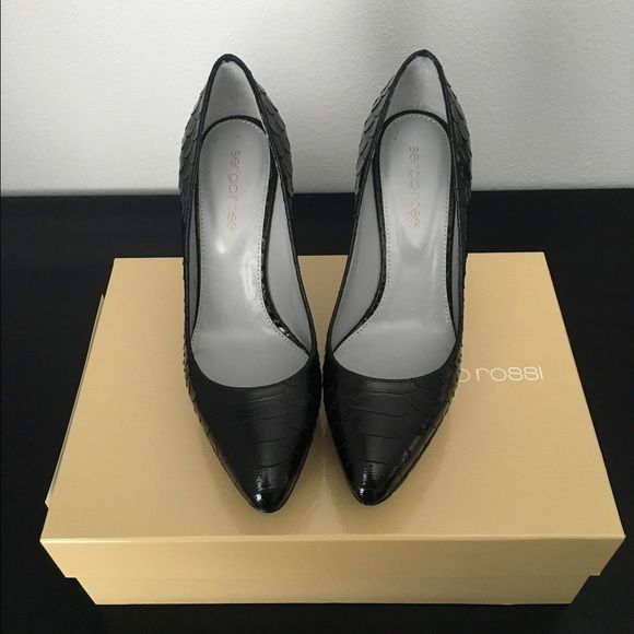 Sergio Rossi Heels • Black • Size 35.5 NWIB • Sergio Rossi • Size 35.5 • Pelle Patent Broadway Nero • Scarpe Donna Pump • Comes with box • Sergio Rossi Shoes Heels