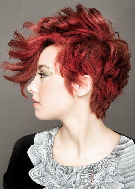 Deep red hair color Cheveux, Couleur cheveux et Coiffure