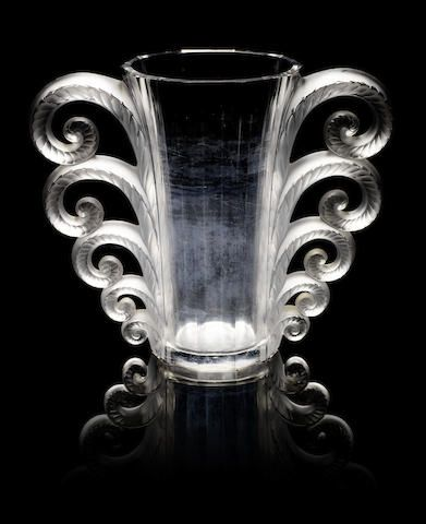 René Lalique 'Beauvais' a Twin-handled Vase, design 1931
