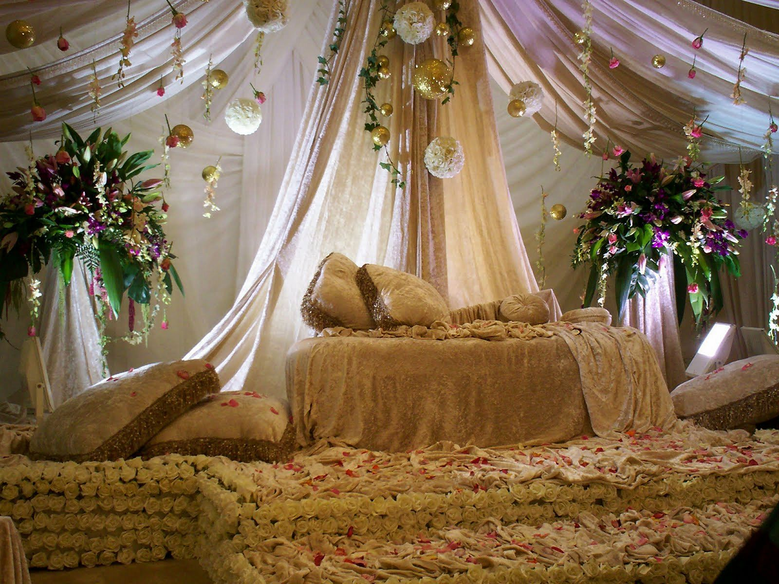 Wedding stage simple decoration images   Best Design Wedding Stage Ideas For Your Awesome Wedding Ceremony