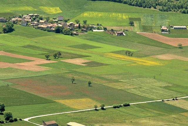 Frascaro, situato all'estremità sud-est della piana di Santa Scolastica dove è presente la cittadina di Norcia