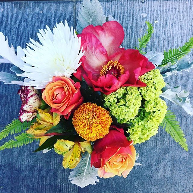 perth flower delivery (With images) Corporate flowers