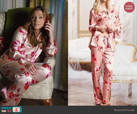 448004fdf1 AnnaBeth s pink floral satin pajamas on Hart of Dixie. Outfit Details   http