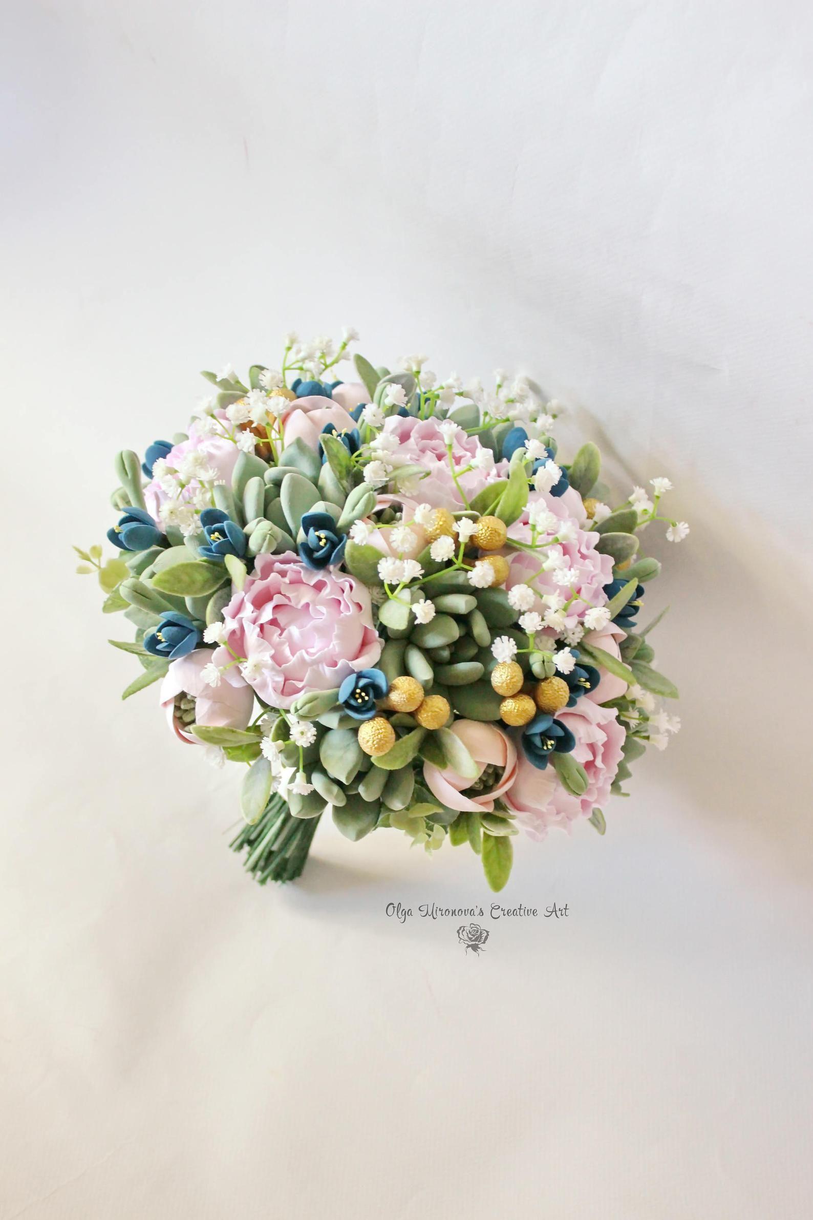 Alternative wedding bouquet Keepsake succulent bouquet