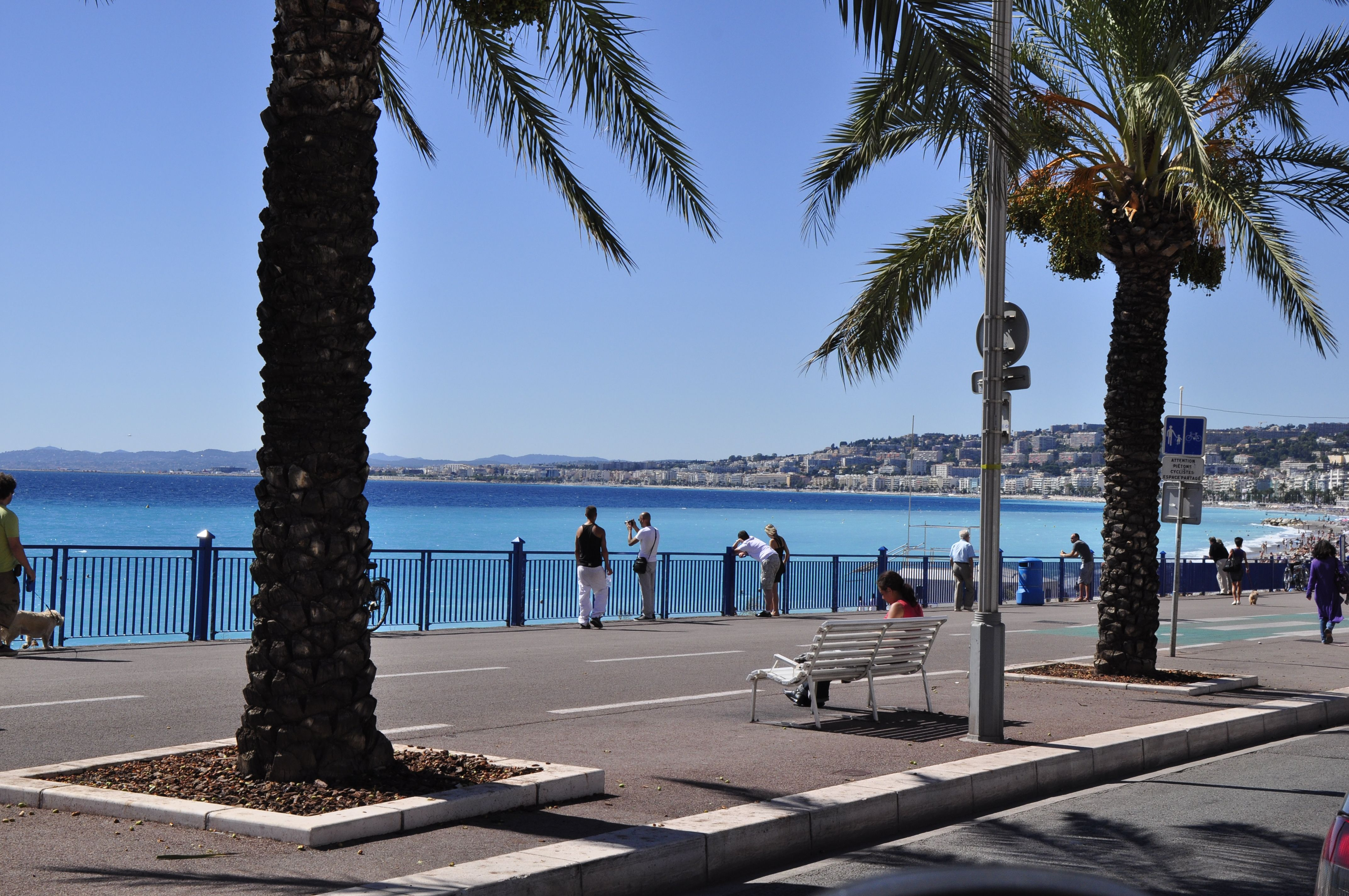 Promenade des anglais-Nice (by bicycle)