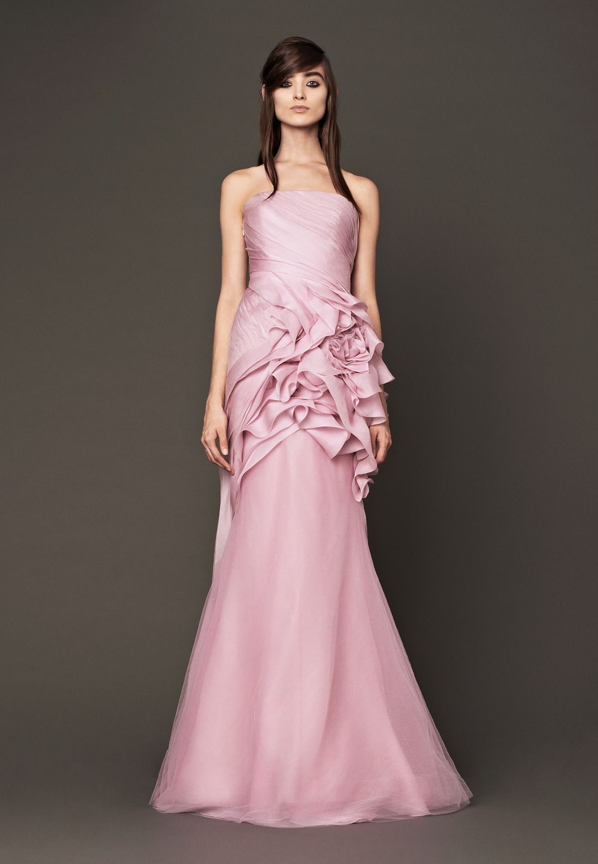 Wedding Dresses, Bridal Gowns by Vera Wang | Iconic Note: Beauty ...