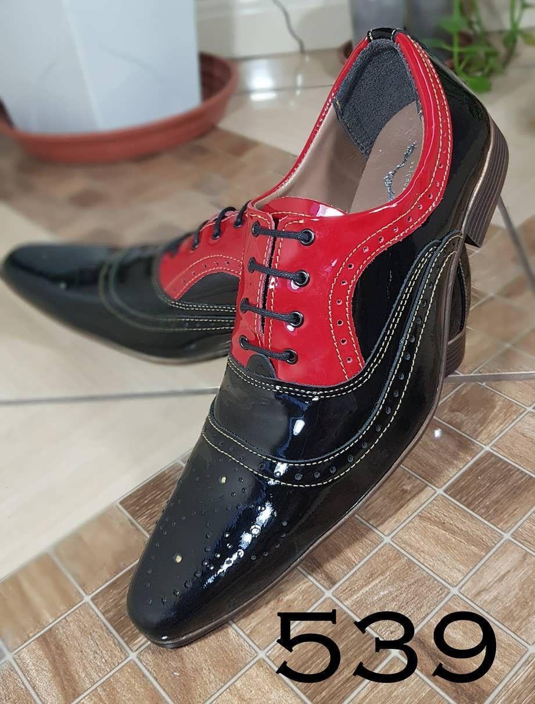 4231e1d9f2 Verniz preto verniz vermelho 539
