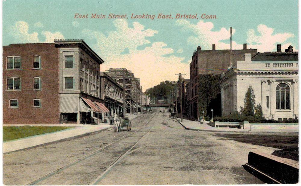 Bristol Ct East Main Looking East Db Near Mint Unused Bristol Bristol Connecticut Postcard