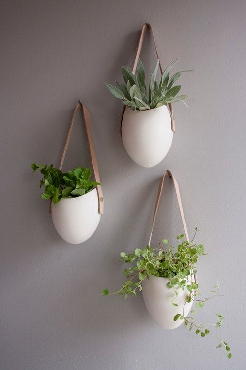 Porcelain Container That Hangs Your Wall May Used