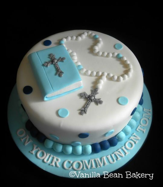 Boy Mass Book Cake Jpg 2030 2323 In 2020 Confirmation Cakes First Communion Cakes Holy Communion Cakes