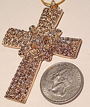 Costume Jewelry Large Cross Necklace 18k GP chain (Image1)