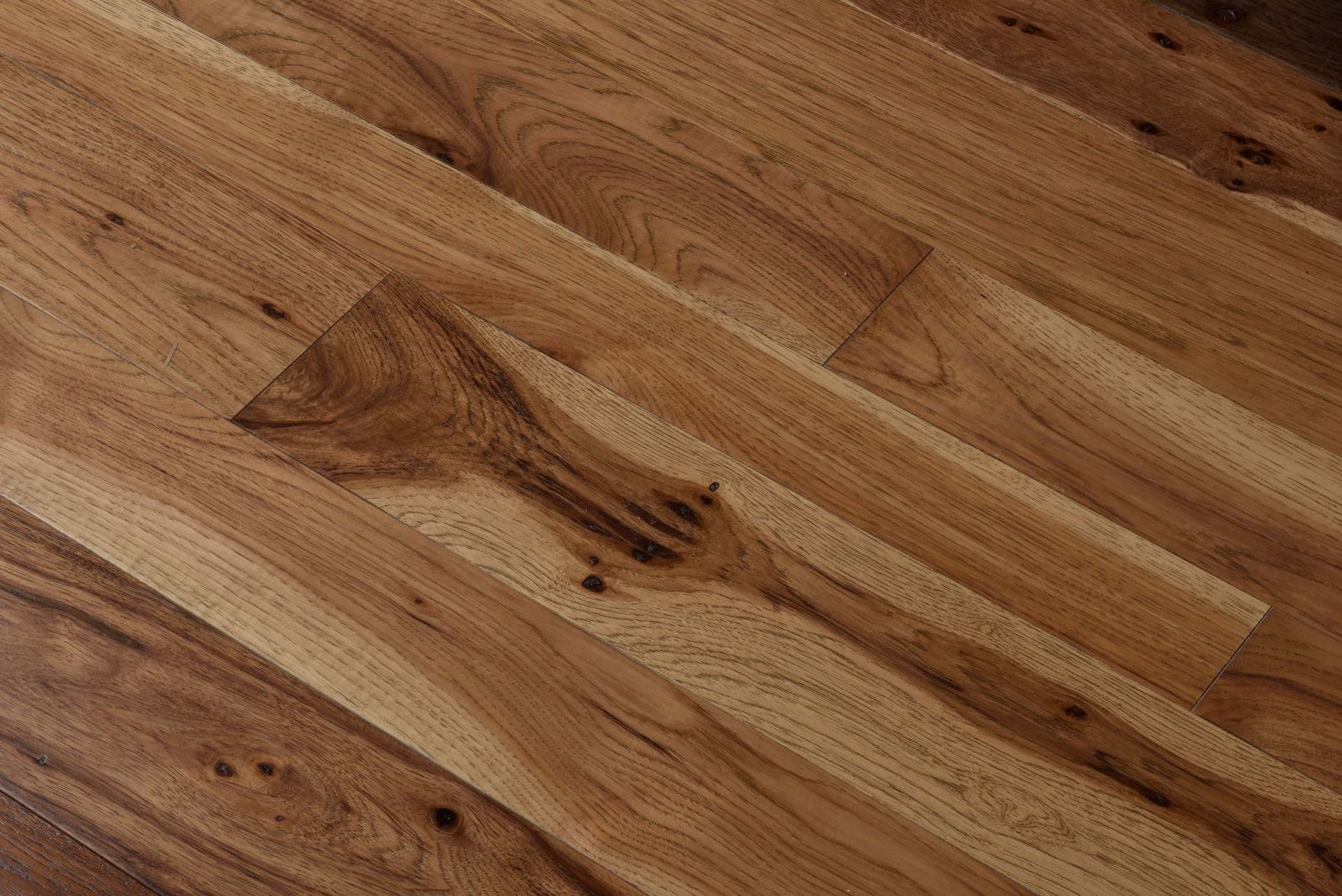 Mw Early American On Hickory Wood Flooring Hickory Wood Floors Hickory Hardwood Floors Hickory Flooring