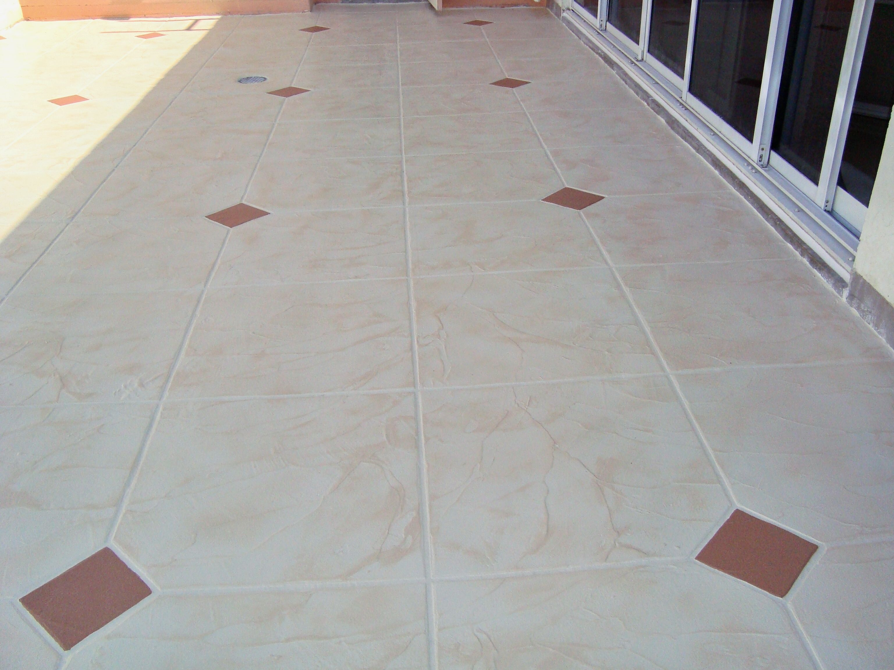 Beautiful decorative concrete work for a residential patio