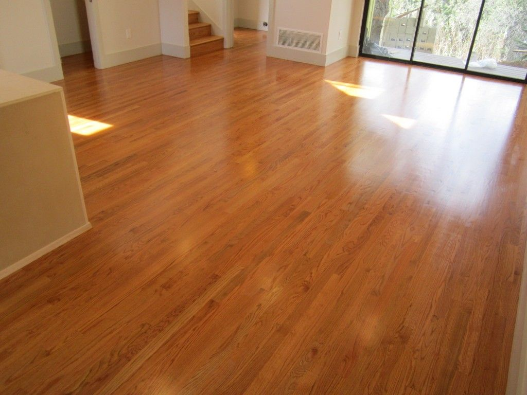 Golden pecan hardwood floors ideas for the house for Wood flooring kitchen ideas