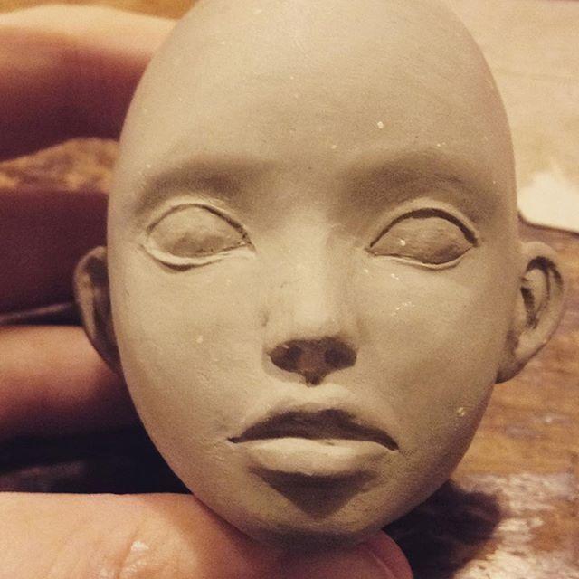 Head for doll work in progress 🎀 @flo.dolls  #sculpture #porcelaindoll #porcelain #clay #bjddoll #bjdstagram #bjdoll #bjddolls #bjd #head #doll #dollart #dolls