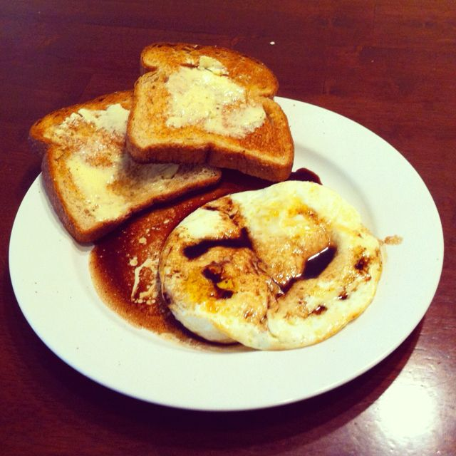 Best breakfast you haven't had? Over easy eggs with balsamic vinegar. After making the egg, deglaze the pan with the vinegar and let it reduce for a few seconds. Then pour over egg. Pretty amazing.