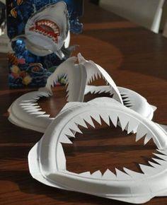 manualidades-platos-plastico-tiburon